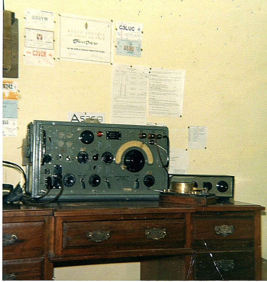 Chris McCarthy's Monitor Station - R107 Receiver 1967
