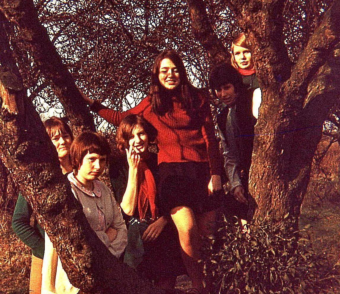 Cath,Jackie,Vanessa,Linda,Jill,Pam_8.3.69.-S-B