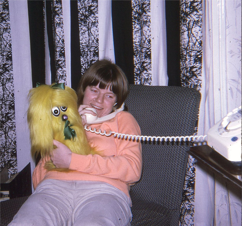 DJ Tracy Deram on the FRA Hotline - 1968