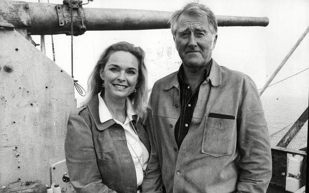Roy & Joan Bates Obituary