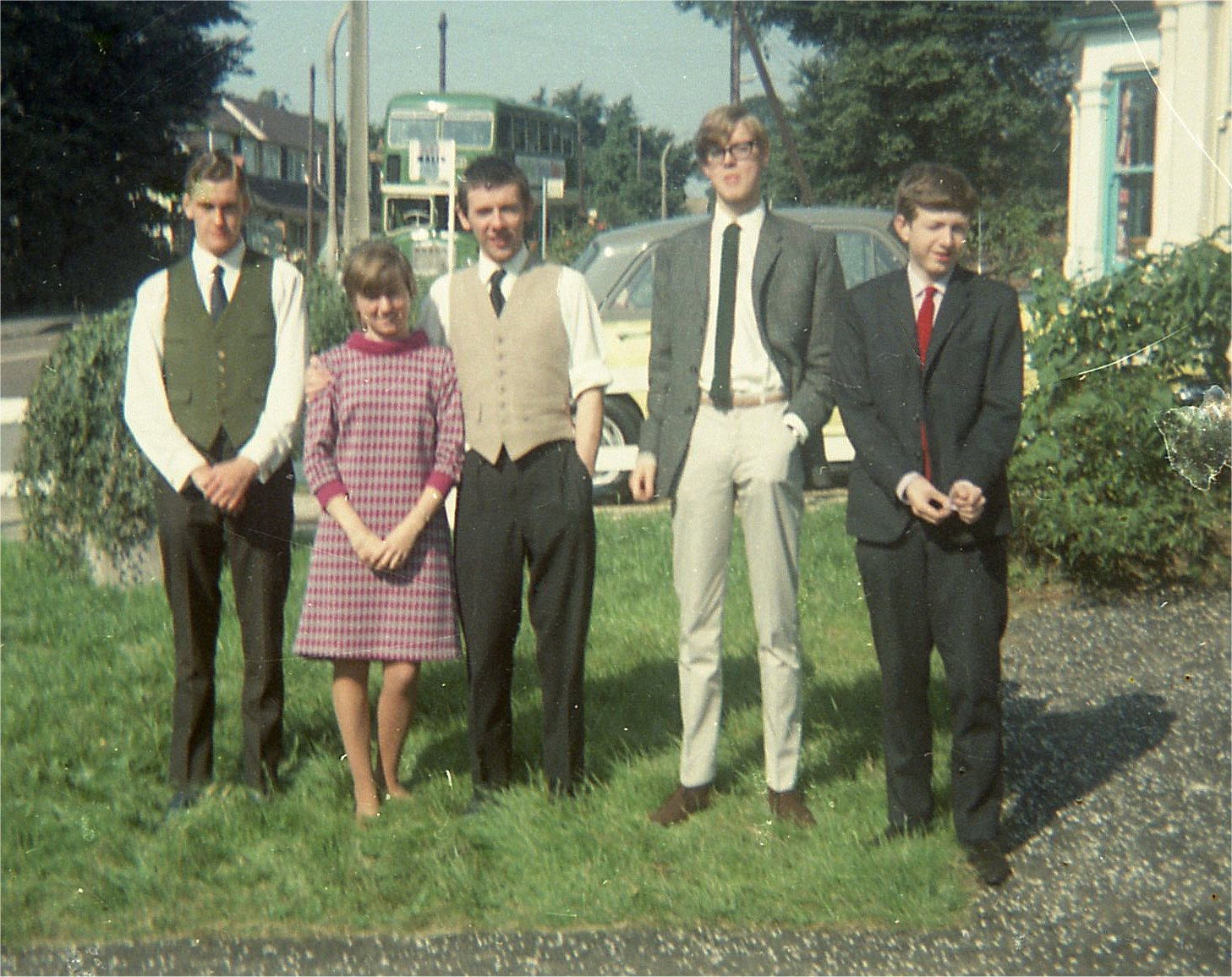 FRA Geoffrey, June Pearl & Staff