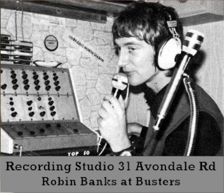 Robin Banks at Busters-2